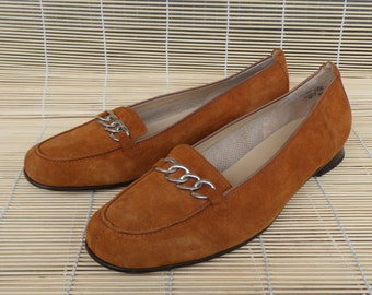 Vintage Lady's Amber Yellow Suede Slip On Shoes Size  EUR 42 / US Woman 10