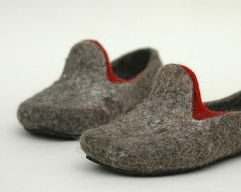 Felt shoes Felt slippers Women slippers Women home shoes Dark grey Charcoal grey Loafers Organic wool Eco fashion Traditional felt