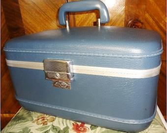Vintage Million Miler Train Make Up Luggage Case Blue