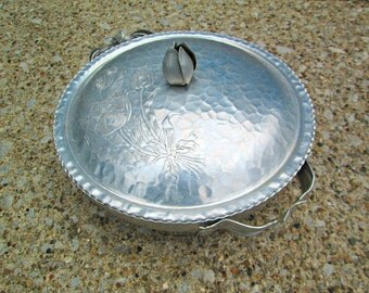 Vintage 1940s Hammered Aluminum Covered Dish with Matching Lid Tulip Embossed Design