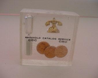 "Vintage Lucite Sand Timer Paperweight ""Reinhold Catalog Service CEC CMC"" Advertising Souvenir Telephone Pennies"