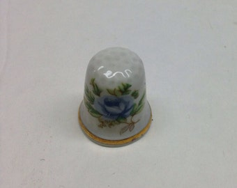 Sewing Thimble Blue Rose vintage