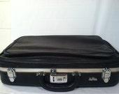 Vintage Ventura Black Leather Suit case 1960's Retro Travel  Luggage Suitcase Bag Trunk 1970's