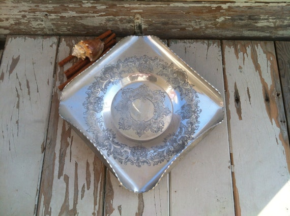 vintage aluminum trays vintage aluminum tray by admiration antique by 3156