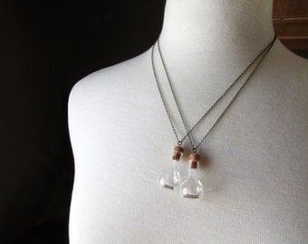 Best Friends Necklace - Bestfriends Necklace - Bestfriend Necklace - Best Friend - bestfriends - bestfriend - friend - friends