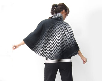 Women Woolen Poncho, Maternity & Nursing Outerwear, Christmas Sweater, Maternity Clothing, Christmas gift, Black Friday sale