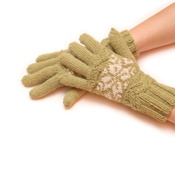 Green knitted gloves - women gloves, knit gloves, mitten gloves, black gloves, fingered gloves, winter gloves, warm glove, white glove