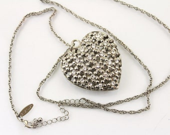 Avenue  silvertone filigree Heart  design  Necklace/Pendant /Chain.