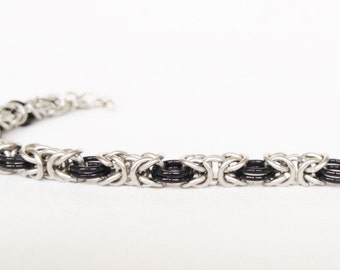 Byzantine Chainmaille Silver and Black Bracelet - Chainmaille Jewelry, Chainmaille Bracelet, Chain maille, Chainmale