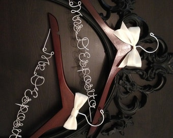 Bridal Hanger / Bride & Groom Hangers / Mr. and Mrs. Wedding Hangers / Wedding Hangers SET / Personalized Hangers