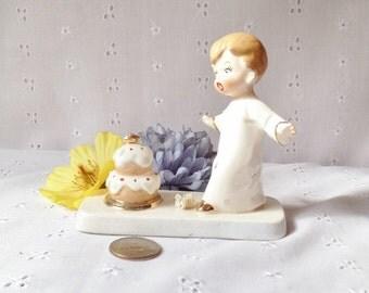 Vintage Napco Ceramic Figurine Surprised Birthday Boy with Cake S571E