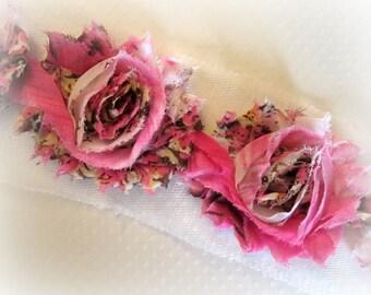Pink Floral Shabby Trim. 1/2 YD, 7 flowers