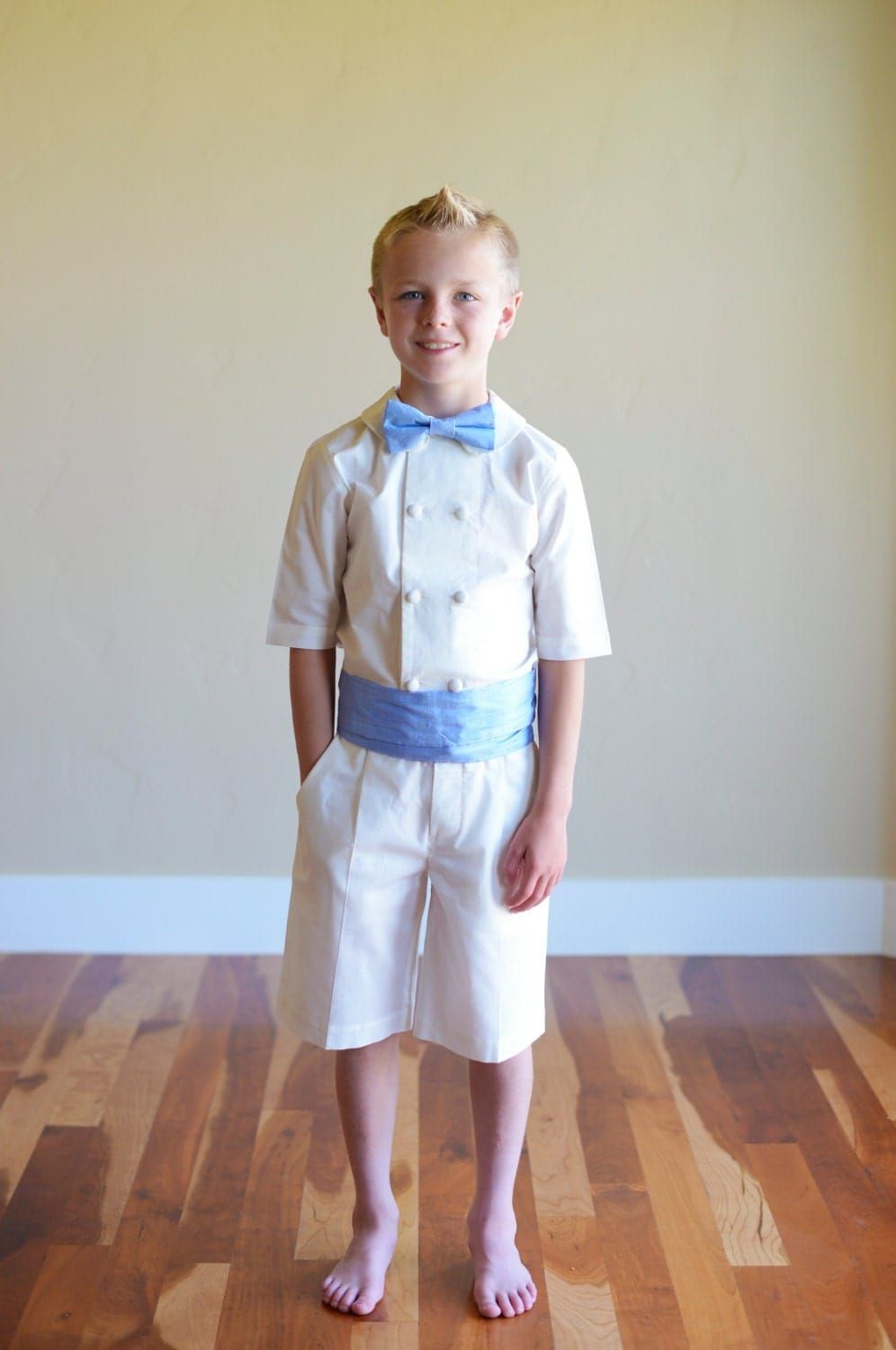 White Boys' Shorts and Boys' Cargo Shorts at Macy's come in a variety of styles and sizes. Shop White Boys' Shorts at Macy's and find the latest styles for your little one today.