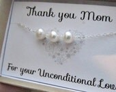 Mothers pearl bracelet thank you mom mothers day mother of the bride mob wedding gift freshwater pearl white pearl simple elegant classic