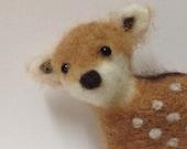 Adorable needle felted woodland deer pin/brooch