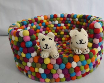 25% Discount,Freckle felt ball pet bed handmade in Nepal, dog bed, pet bed, felted ball rugs for pet