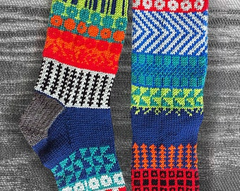 Sock, Hand Knit Unique Split Toe Socks, Tabi Socks, Icelandic/Japanese Original Design, Boho Socks, Hipster Zori Socks, Socks MADE TO ORDER