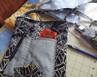 QUILTED E-READER POUCH Holiday Special