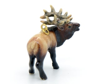 1 - Porcelain Bull Elk Pendant Hand Painted Glaze Ceramic Animal Small Ceramic bead Vintage Jewelry Supplies Little Critterz (CA084)