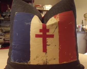"One Andrew Martin Charcoal ""FANTE FLAG"" Hand Appliqued Custom Pillow - Cowtan & Tout Velvet Back - 23"" Square - 2 Pillows Available - 1A"