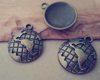 20pcs  Antique bronze earth pendant charm 20mm