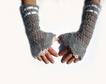 Arm warmers, fingerless gloves, mittens, grey, white, lace crochet.