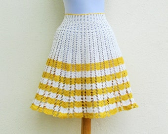 Vintage crocheted hostess apron, 1950's gold and off white apron