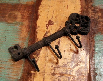 Fleur de lis Key Hook Hanger Holder Wall Rustic Cast Iron Distressed (YOUR COLOR CHOICE)