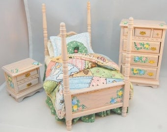 HOMESPUN HAPPINESS Country Garden Patchwork Miniature Dollhouse Bedroom Set 1:12 Hand-Painted Custom Dressed Whitewash Furniture