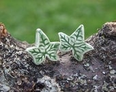 Ivy leaf ceramic earrings green, hypoallergenic stud posts, Winter collection