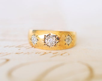 SALE /// 1970's vintage / 3 Diamond and 9k gold gypsy ring / Engagement wedding ring// STARBURST