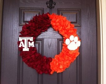 "18"" (large) House Divided Wreath"