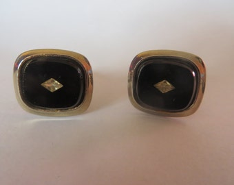 Black, White Diamond shaped Goldtone Vintage Cuff Links