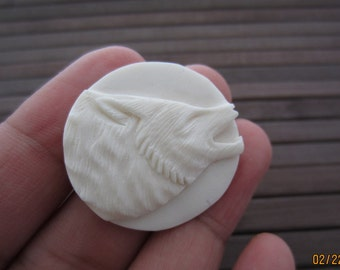 SALE Amazing Detail Hand Carved wolf, Carved bone,  Natural cabochon, Jewelry making S3740