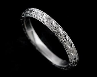 Engraved Wedding Band, Women's Wedding Ring, Straight Carved Wedding Ring, Antique Style Wedding Ring, Milgrain 14k Gold 2.2mm Wedding Ring