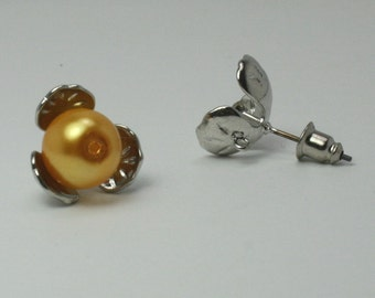 2 - Flower Pearl Cup Earring, Silver Tone Findings ew055
