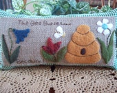 Busy Bee in the Garden Rustic Country Shelf Pillow Tuck