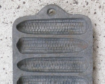 Antique Cast Iron Cornbread Pan - Small Size - Home Decor, Housewares, Primitive Supplies