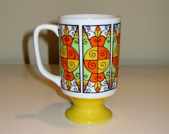 Groovy 1960s Pedestal Mug, Yellow Orange Arnart San Pedro 2543