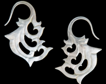 12G Pair Mother of Pearl Cascade Bloom Gauged Earring Plugs 12 gauge Organic Hand Carved Body Piercing Jewelry