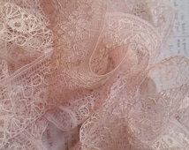 Gorgeous Delicate Antique Lace Trim French Cream Pastel Pink