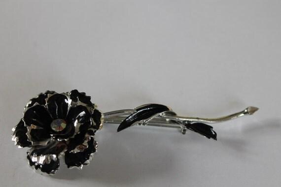 BROOCH Beautiful original CORO Vintage Rose  brooch Silver metal, enamel details, AB Crystals.