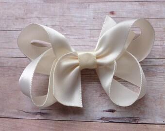Ivory satin hair bow - ivory hair bow, satin bow, 3 inch bows, girls hair bows, satin hair bows, ivory bows, girls bows, toddler bows
