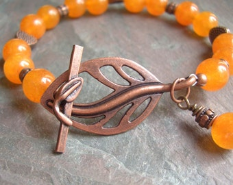 "Orange Adventurine Bracelet / Stone / Bead / Antique Copper / Heart / Leaf / Fall / Toggle / Charm - 7 1/2"" long - B59"