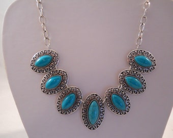 Silver and Turquoise Beads Pendant Necklace