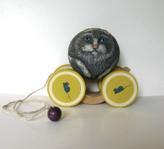 Cat Pulling Wagon : Sale vintage briere folk art pull toy cat and cart