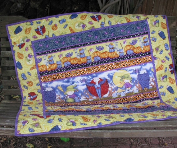 Baby Quilt - Wall Hanging - Table Topper - Happy Halloween