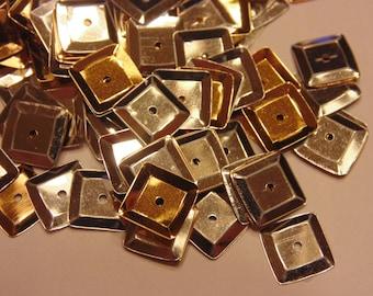 100 gold and silver square  sequins / confetti, 9 mm (6)