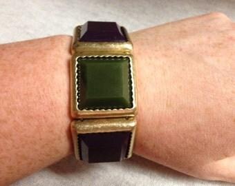 Vintage Costume Dark Green and Violet Plastic Beads with Goldtone Metal Backing Stretch Bracelet