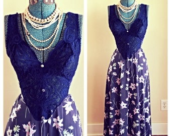 SALE Vintage OLGA Navy blue floral lace maxi nightgown full sweep / flower child gown / boho / vintage honeymoon / romantic / size small